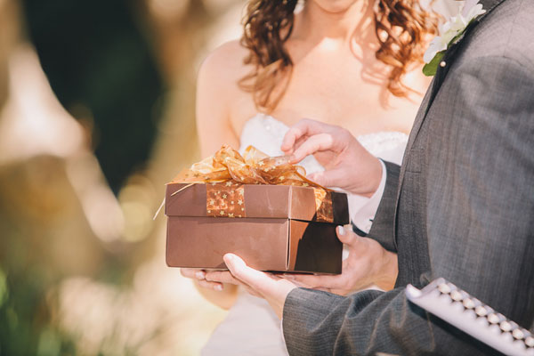 Свадьба   Без чего подарок не подарок