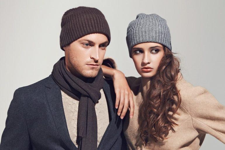 Когда стоит, мужчинам надевать шапки?