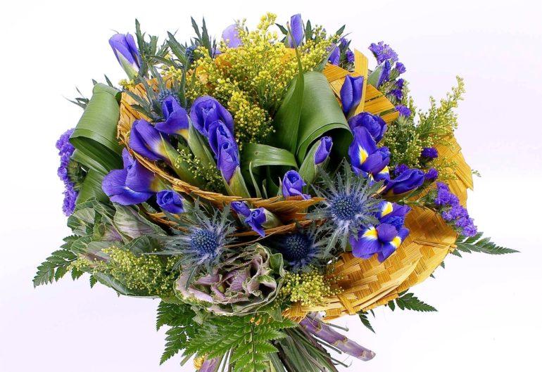 Express Flora.ru – уникальные композиции из прекрасных ирисов